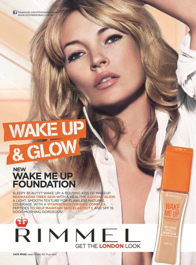 Kate_Moss_Rimmel_Wake_Up_Foundation_Ad_Campaign